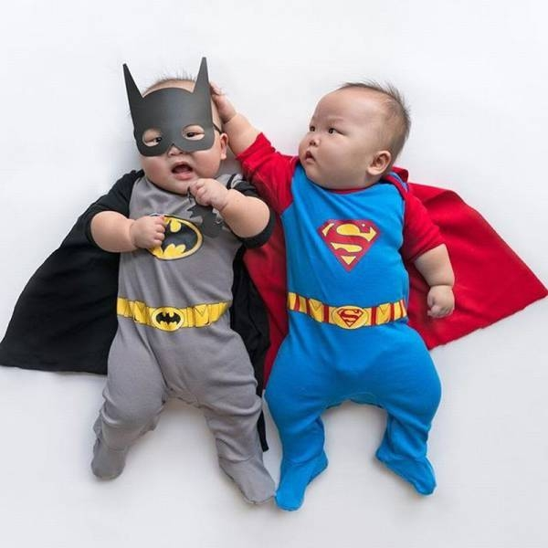 Batman VS Superman bébés